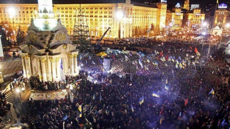 Decenas de heridos en una protesta contra medidas anticovid en Kiev