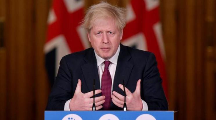 Boris Johnson anuncia nuevas restricciones tras rápida propagación de la nueva variante del coronavirus