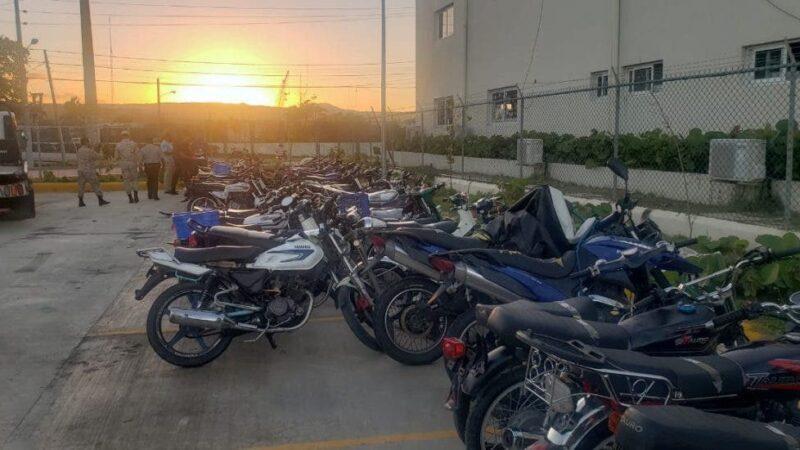 Retienen motocicletas en Valverde por contaminación sonora