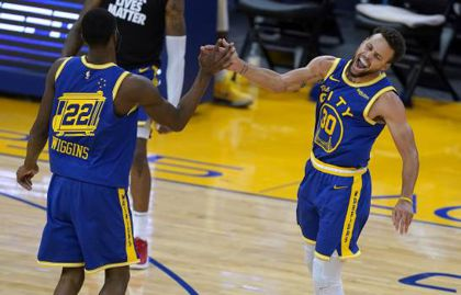 Curry encesta 38 y Warriors remontan ante Clippers