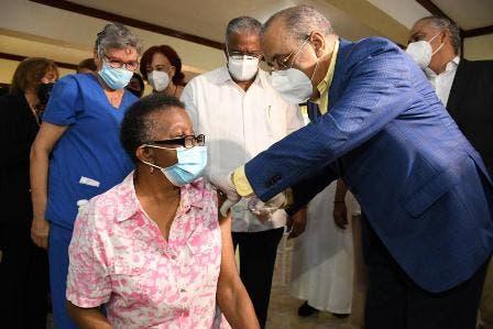 14,264 personas han recibido la vacuna anticovid en RD