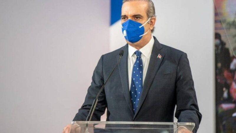 """Presidente Abinader anuncia solución a """"peaje sombra"""""""