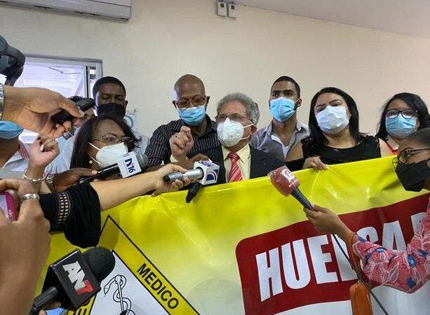 Waldo Ariel Suero se reúne con ministro de Salud; dice «no nos vamos de aquí hasta que sea algo concreto»