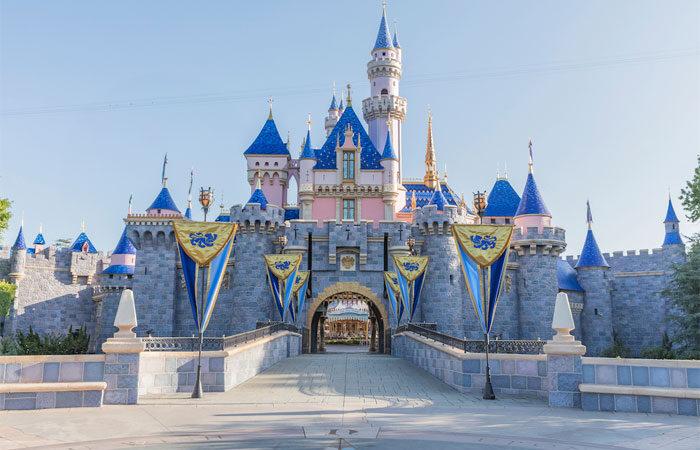 Disneyland reabrirá sus puertas el 30 de abril con aforo limitado
