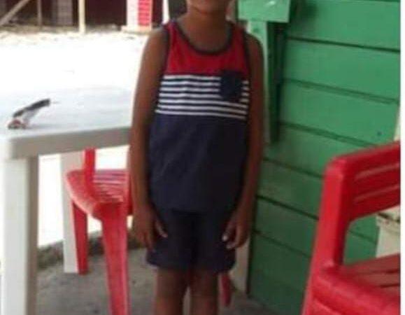 Padre de niño ahogado en Higüey dice que varias veces habían reclamado cerrar la construcción
