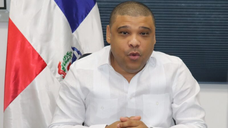 Activista social Ramón Raposo presenta principales ejes de plan para rescate de SDN