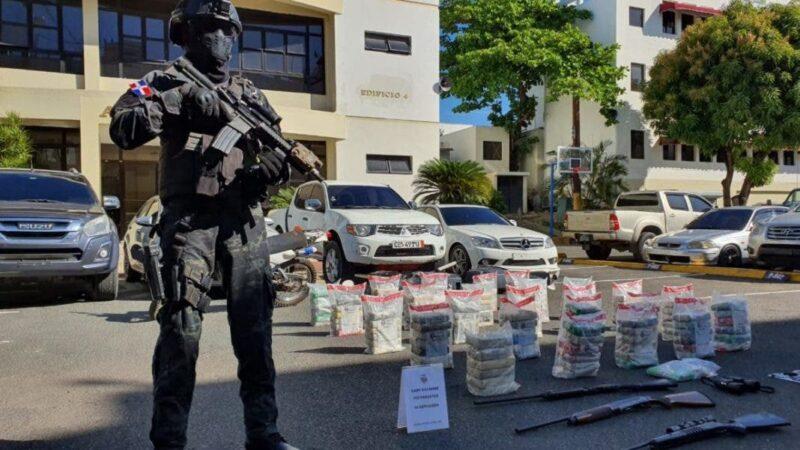 Desmantelan organización que utilizaba lanchas rápidas para traficar con drogas