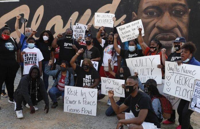 Declaran culpable expolicía mató hombre negro en EEUU