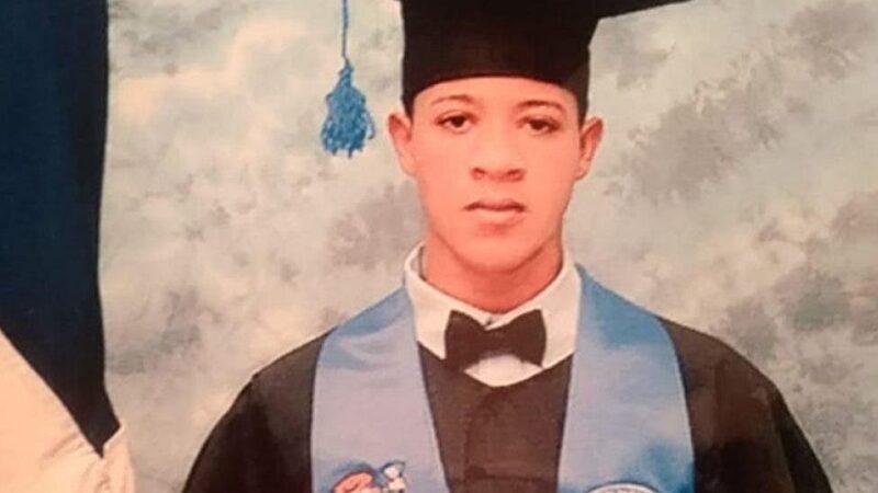 Familiares de joven muerto a manos de un policía dicen ser humillados por los fiscales actuantes