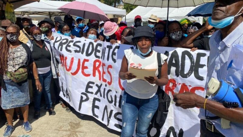 Mujeres cañeras protestan exigiendo pensiones para 1,315 trabajadores de la caña