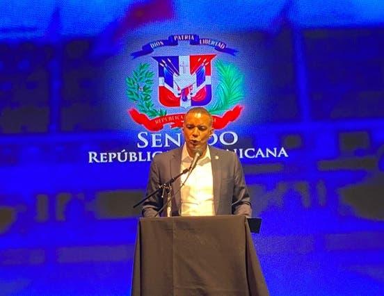 Afirma senadores podrán lograr muchas cosas a favor dominicanos exterior