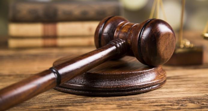 Dictan tres meses de coerción a joven acusado de incendiar vehículo en Hato Mayor
