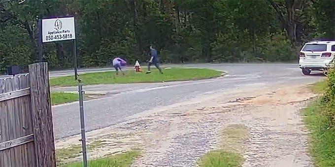 Una niña de 11 años pelea y escapa de un secuestrador en Florida
