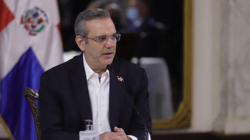 Presidente Abinader anuncia desescalada gradual del toque de queda en todo el país