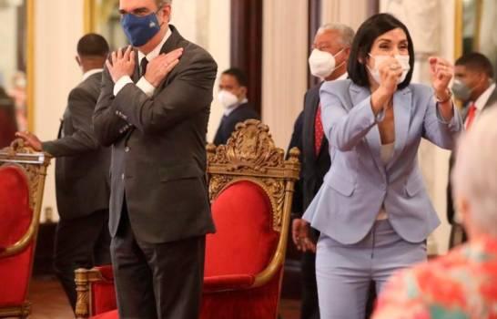 Juegos Olímpicos en Tokio: Luis Abinader y Raquel Arbaje envían mensaje a la delegación dominicana