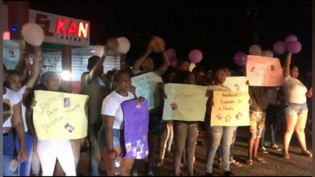 Continúan las protestas por asesinato de joven en Sabana de la Mar