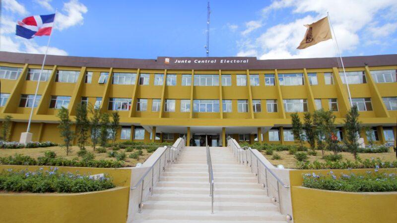 JCE saluda condena de cinco años a nacional haitiano